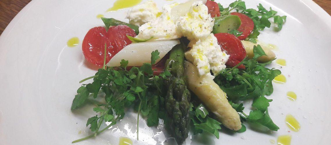 148f2e6430081 Spargelsalat mit Kresse und Mozzarella - Coolkochen by Daniela
